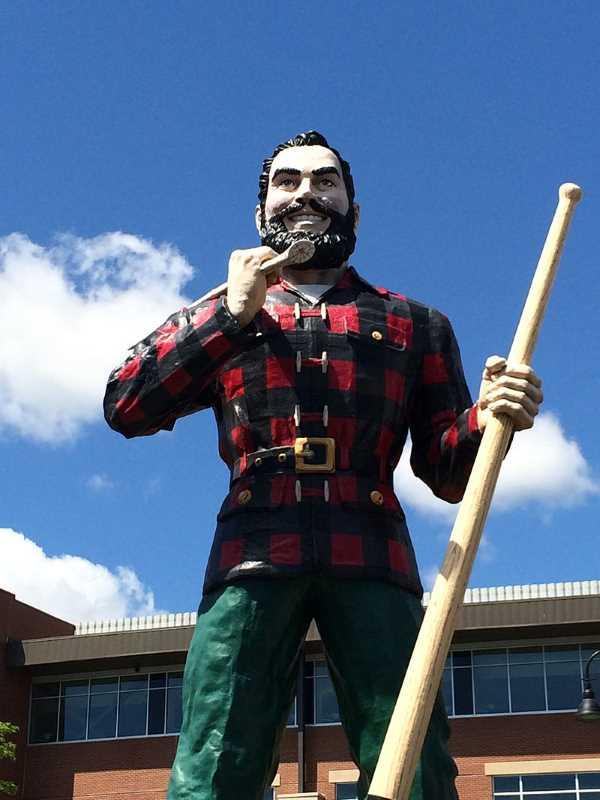 Paul Bunyun Status in Bangor, Maine